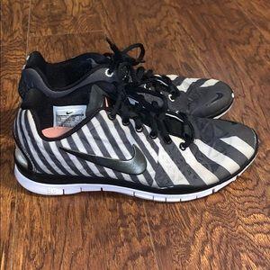 🦓 Women's Nike Zebra Free Run 5.0 Shoes Sz 7 🦓